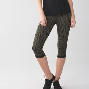 Lululemon In the Flow pant size 4